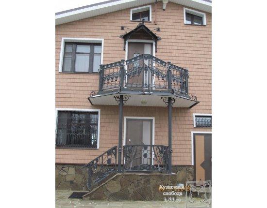 Крыльцо с балконом фото.