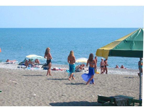 Скачать Пляжи абхазии фото 1000x703 px
