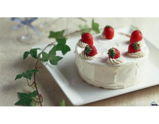 Скачать Картинки торт с клубникой 1280x720 px